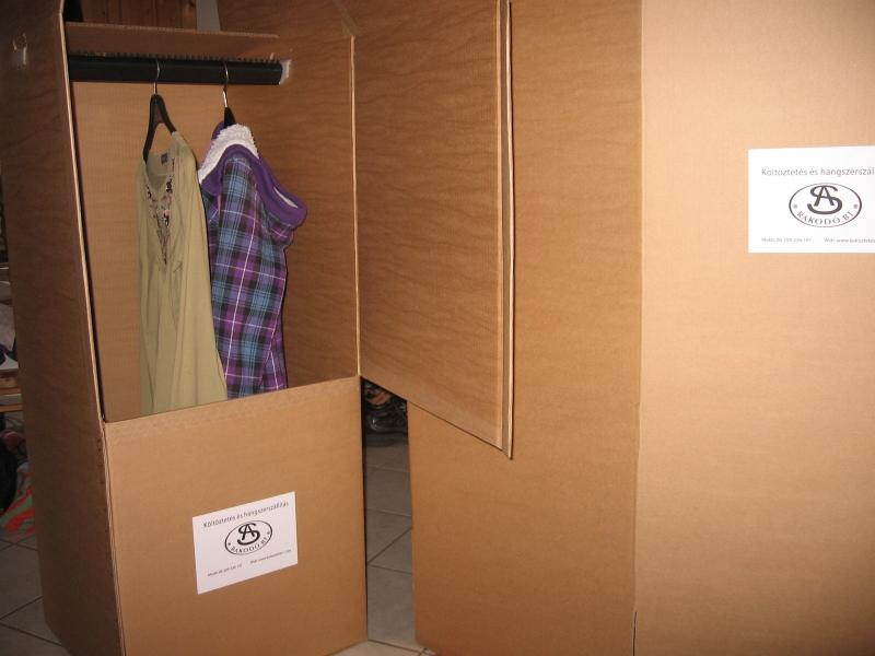 költöztető akasztós ruhás doboz